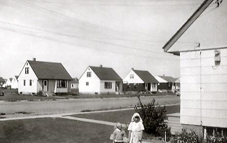 1953 Nurse Sharron with Patient Faye