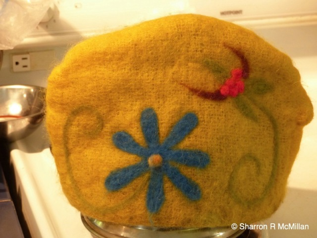 felted tea cosy 2